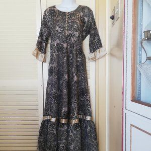 Dresses & Skirts - Authentic Indian Dress Size XL